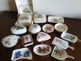 77 oggetti ceramica e vetro