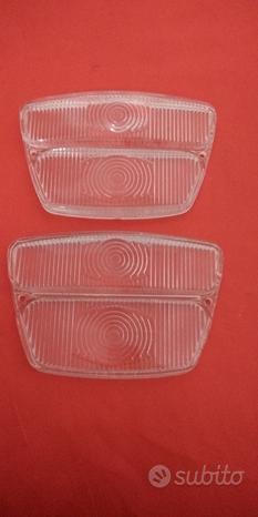 Coppia plastiche fanalini anteriori lancia flavia