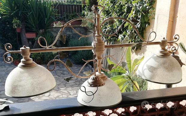 Lampadario ferro battuto cupole in vetro scavo