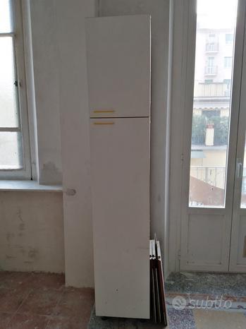 Colonna porta scope con alzata
