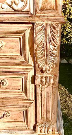 Cassettiera in legno massello