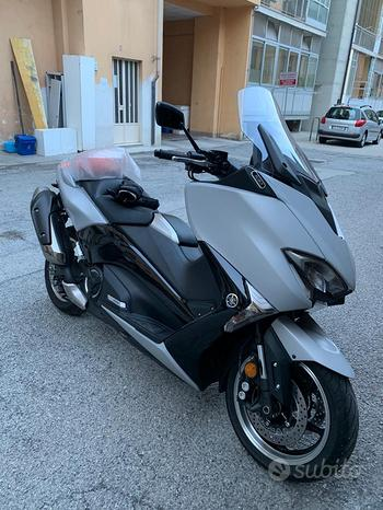 Yamaha T Max 530 - 2019 full optional