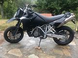 Moto ktm 950