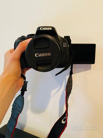 REFLEX CANON EOS600D con obiettivo 18-55mm