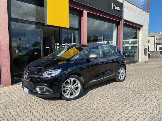 Renault Scénic TCe 140 CV FAP Sport Edition2