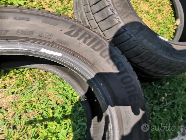 2 Pneumatici Estivi Bridgestone 205/55 R17 91 W