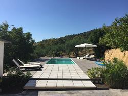 Camere singole in villa con piscina Enna bassa