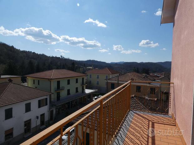 Appartamento con balconi