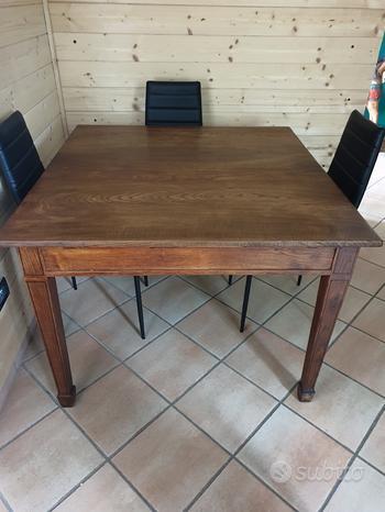 Tavolo antico restaurato