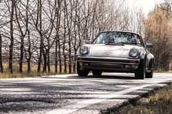 Porsche - 930 turbo - 1985