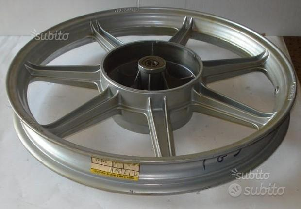 TG3-T4 200 GILERA ruota posteriore rif 310543