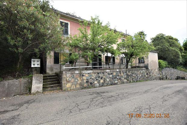 Appartamento a Cogoleto, 3 locali