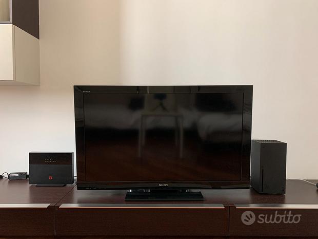 TV Sony Bravia KDL-40BX400 con telecomando