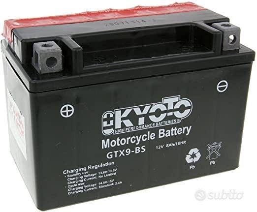 Batteria kyoto ytx9-bs agm 12v 8ah per scooter sym