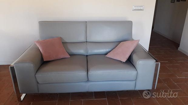Due divani in pelle Châteaux d'Ax