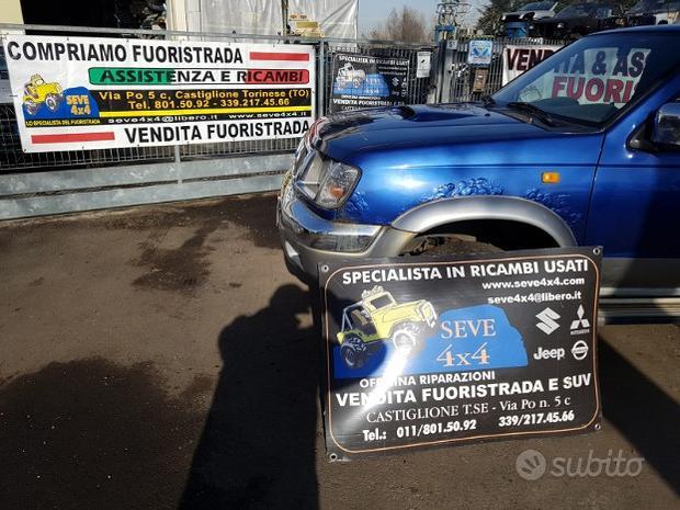 """Nissan navara pick up """"00 - uso ricambi"""