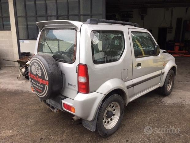Ricambi Suzuki Jimny 03 1300cc benzina M13A grigia