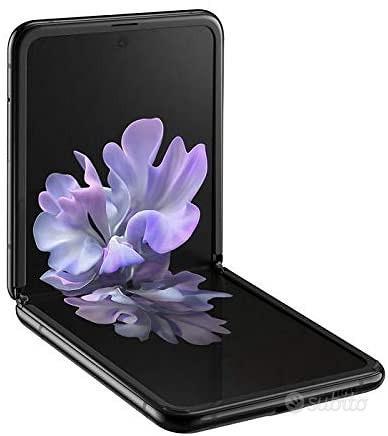 SAMSUNG Galaxy Z Flip 5G e 4G