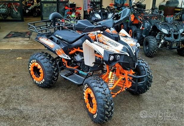 NUOVO QUOD MEGA HUMMER 200cc r10 con portapacchi