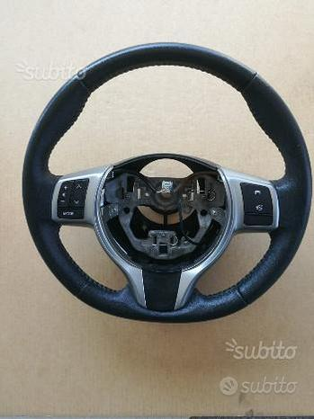Volante Toyota yaris