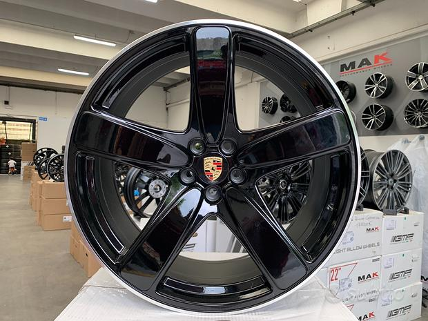 Cerchi Porsche Macan Cayenne raggio 20 NUOVI cod.9