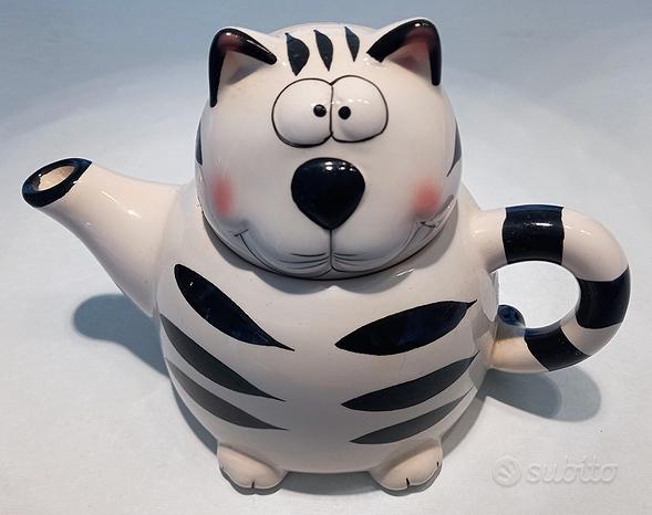 Teiera in ceramica decorata a mano a forma di gatt