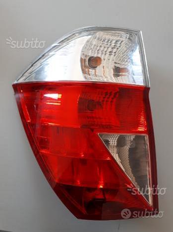Fanale posteriore sx Honda FRV 2008