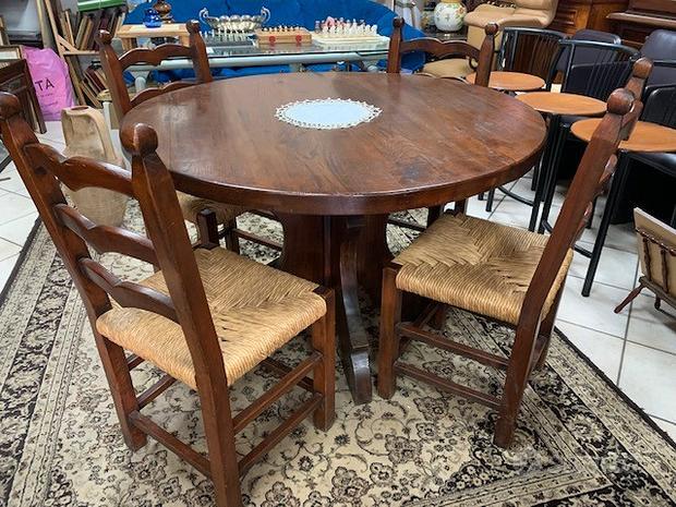 Tavolo e sedie massello