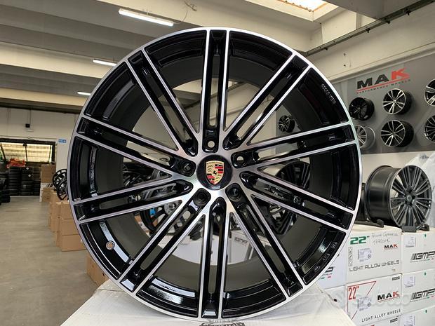 Cerchi Porsche raggio 21 NUOVI cod.398331