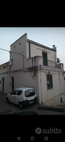 Casa con garage a Pisticci (MT)