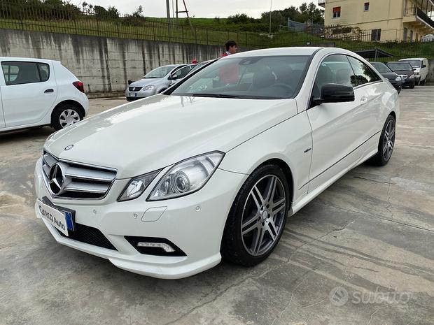 Mercedes-Benz E 220CDI Coupe' 170cv Premium AMG