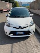 Auto Toyota Aygo (2014)
