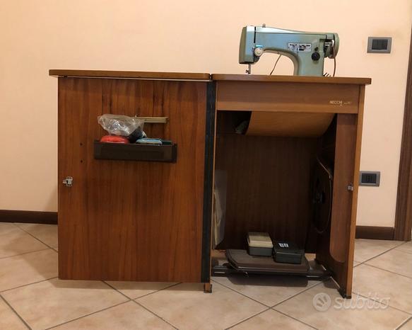 Macchina da cucire necchi 267 mobile vintage '60