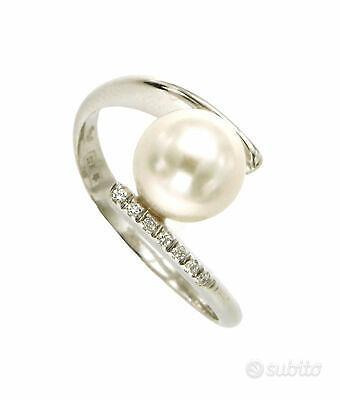 Anello contrarie' con perla e diamanti