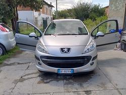 Ok neopatentati Peugeot 207 benza 14 cc i 55kw