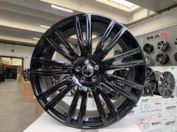 Cerchi NUOVI Range Rover raggio 22 cod.232349