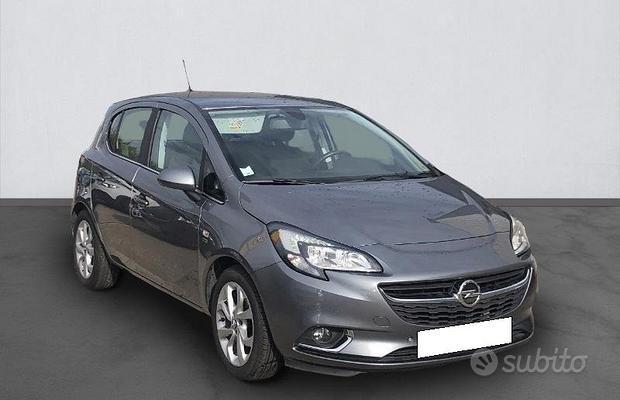 Opel corsa anno 2017 ricambi auto