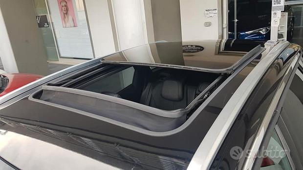Peugeot 3008 1.6 hdi 120cv vers gt line+tetto apri