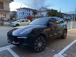 PORSCHE Cayenne Diesel 250cv Platinum Edition
