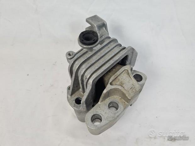 00518880910 supporto motore alfa romeo giulietta