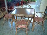 Completo tavolo e sedie bambù