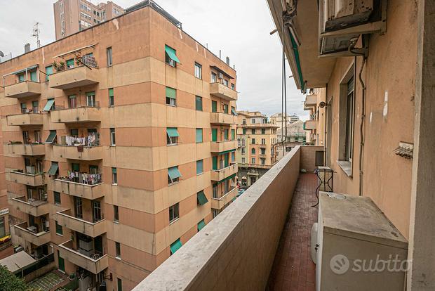 Appartamento a Genova, via Pittaluga 5, 3 locali