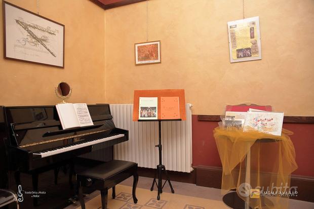 Pianoforte verticale Bachmann nero