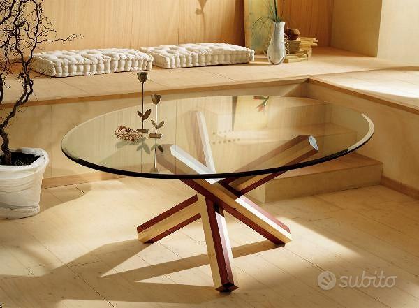 Tavolo base legno bicolore con piano cristallo