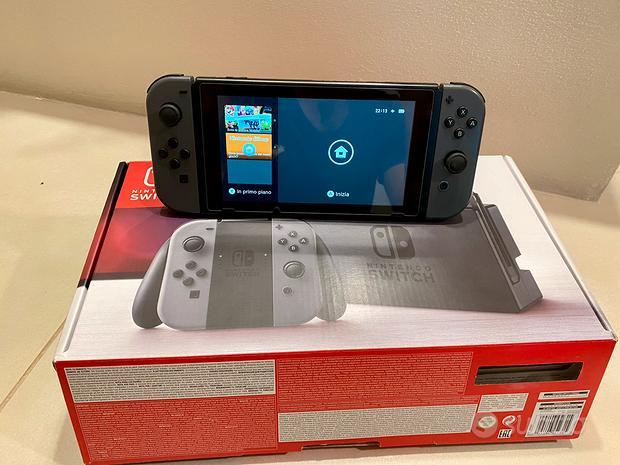 Nintendo switch + 15 giochi + sd da 128gb