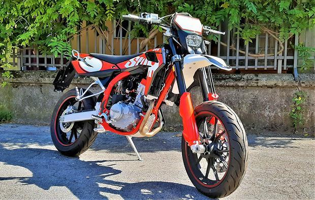 Nuovo SWM SM 125 R Motard BIALBERO-finanz. tasso 0