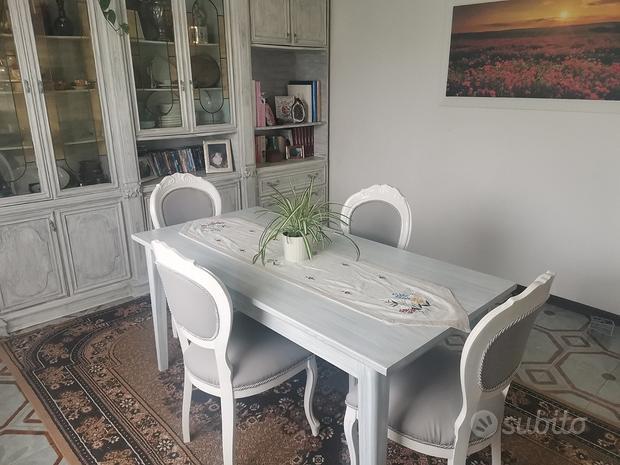 Tavolo soggiorno più sedie in legno massello