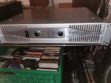 2X660Wrms amplificatore American audio v4001plus