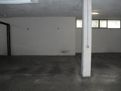 Posti auto coperti in garage privato