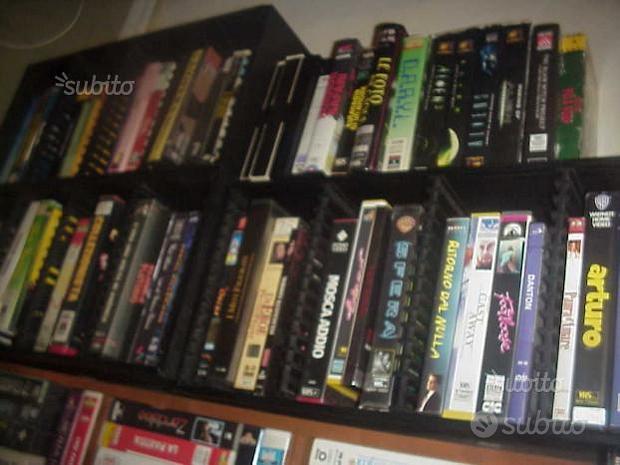Film in vhs film videocassette nuove cinema